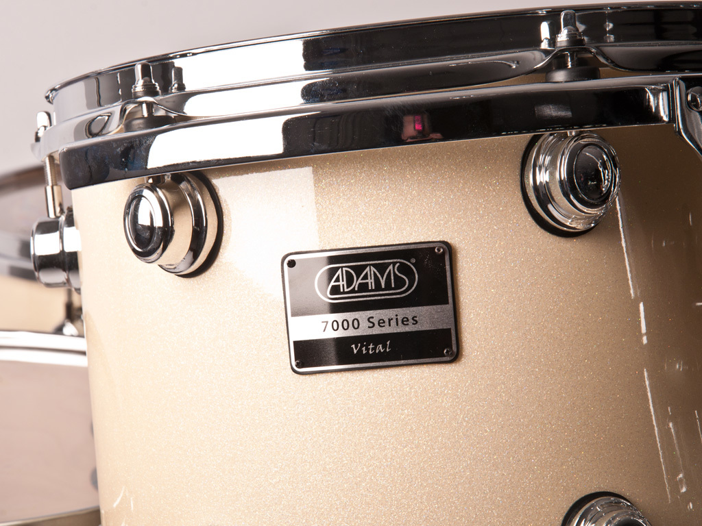 "Drumstel Adams 7000 Vital 22 Rock, 22"", 10"", 12"", 14"", 16"", 14"", Chrome Hardware, White Sparkle"