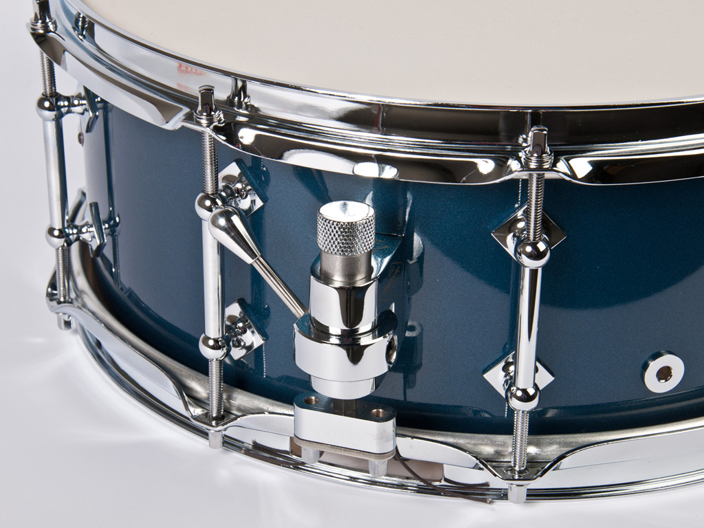"Snaredrum Craviotto solid shell maple snare drum 5.5x14"", 45"" edges McHUGH blue laquer"