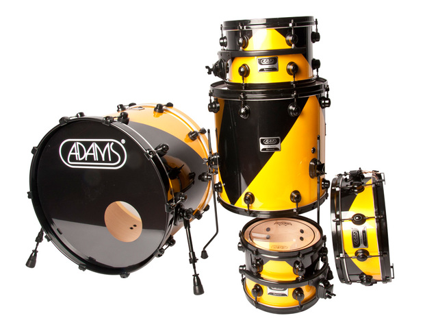 "Shell Set Adams 8000 Dpresent 22 Studio, 22"", 10"", 12"", 16"", 14"", Zwart Hardware, Black/Yellow Lacquer"