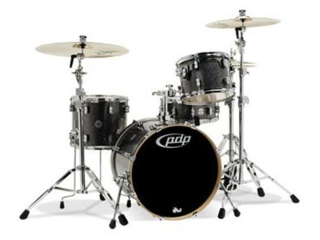 "Shell Set PDP Concept Maple CM3 24"" Black Sparkle, 24"", 12"", 16"", zonder hardware"