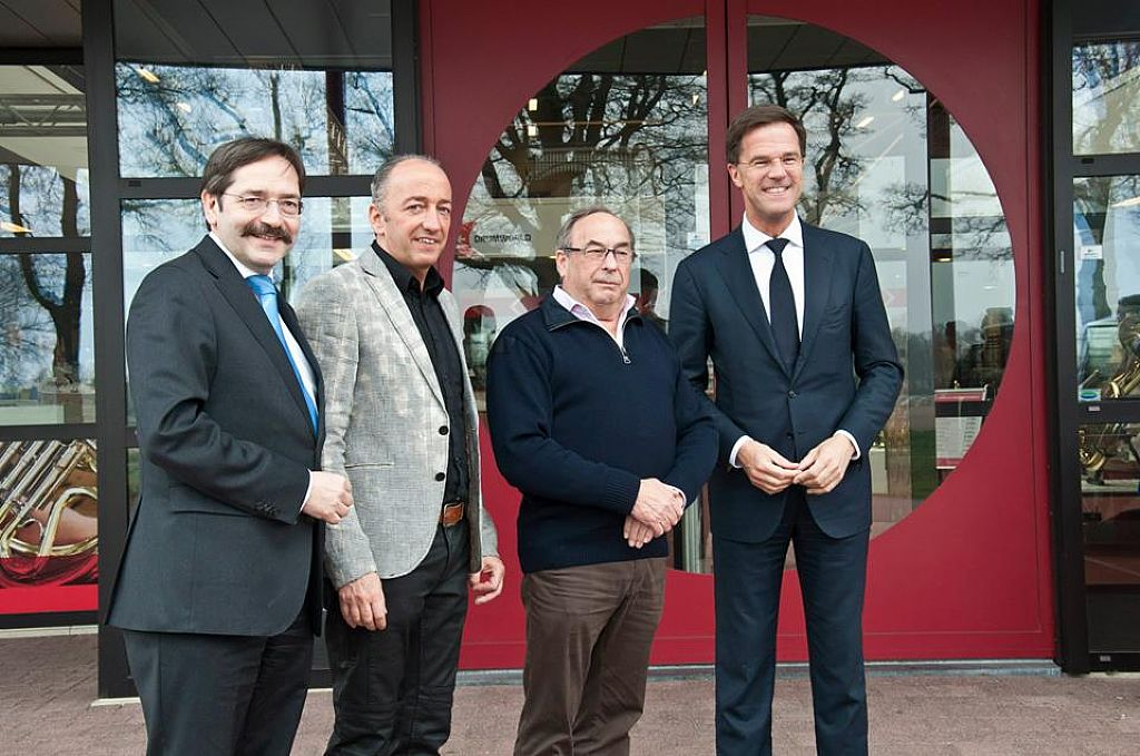 Dutch Prime Minister visits Adams Musical Instruments